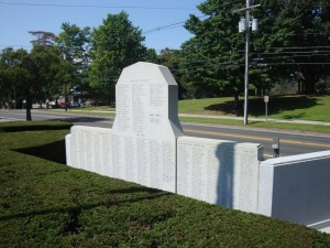 World Wars Memorial, Clinton