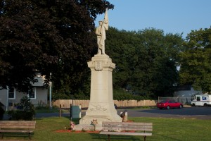 Defenders of the Flag Monument, Plainville