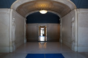Photo of the entrance to Woolsey Hall's Memorial Hall at Yale University.