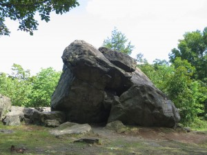 Judges Cave, New Haven