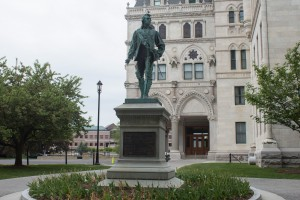 Colonel Thomas Knowlton Monument, Hartford